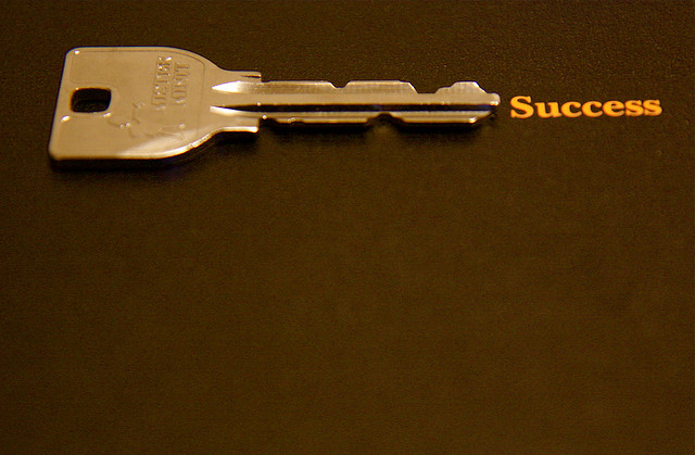 7 Słów Kluczowych Niezbędnych w Twoim CV